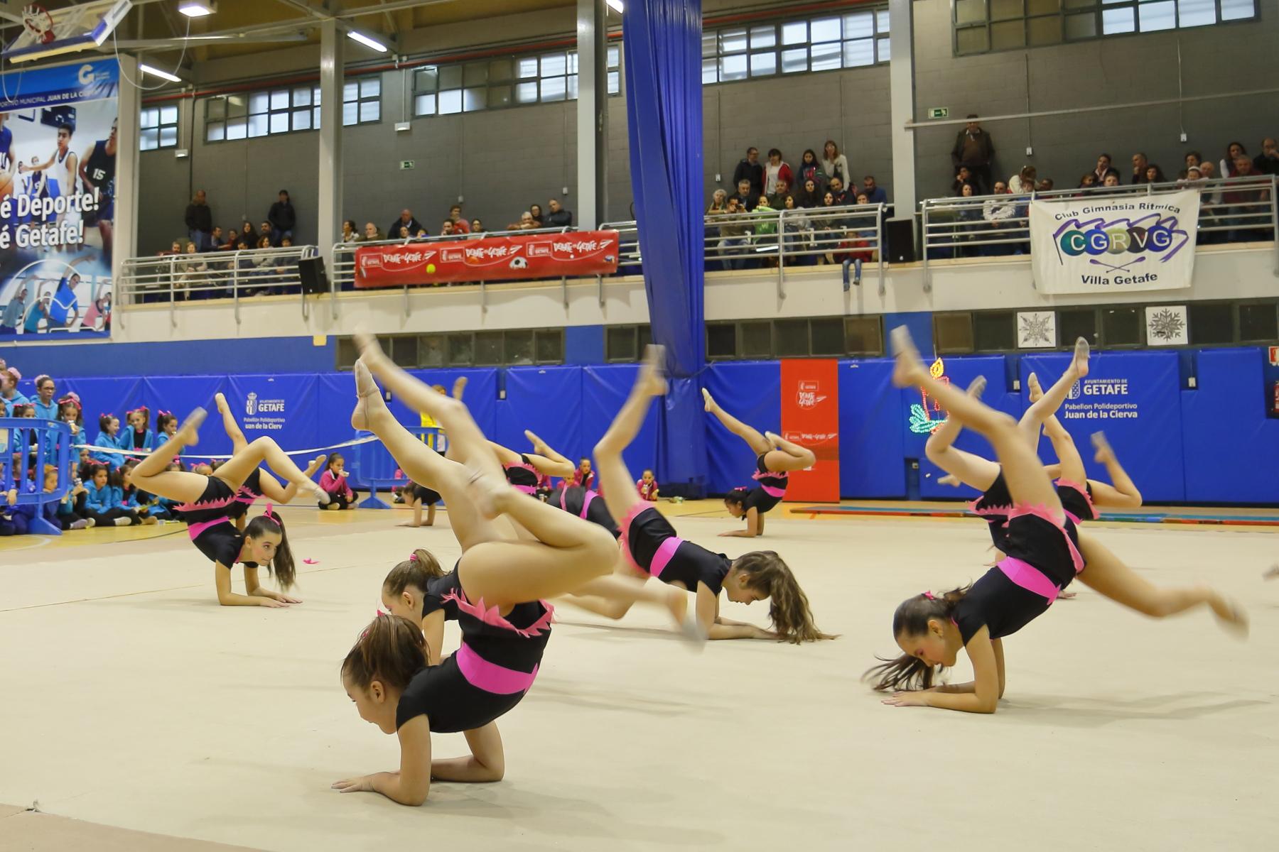 Escuela deportiva gimnasia r tmica vicente ferrer club for Deportes de gimnasia